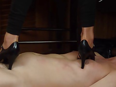 Cruel Sara - Marking up a bitch slave