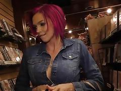 Anna Bell Peaks gets creampied at Gloryhole