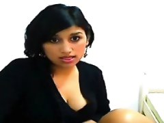Amateur Muslim Islam Indian Masturbates Pussy To Orgasm