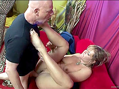 Randy MILF gives foot job before getting her cunt banged