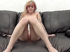 Tattooed amateur tramp earns money sucking and fucking
