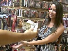 Brunette Amateur Girl Fucking Hardcore In A Shop