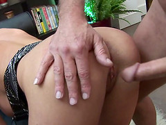 Kat Lee has anal with old dude