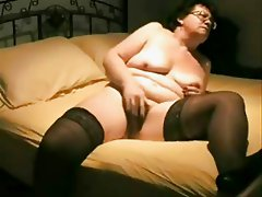 See my old kinky wife ! Amateur