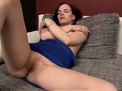 hot czech model Leila gaping hole