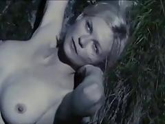 Kirstin Dunst topless